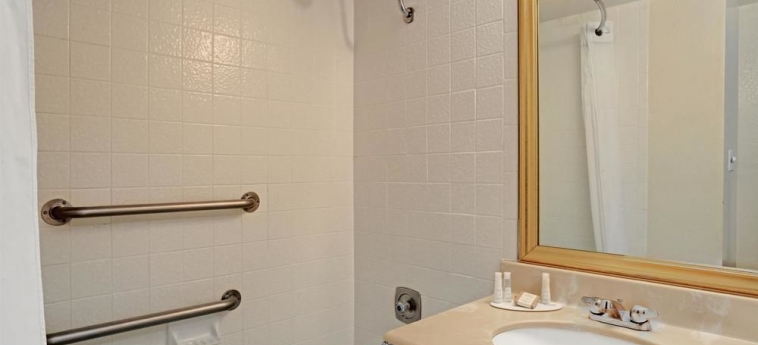 Hotel Baymont Inn And Suites Reno: Bagno RENO (NV)