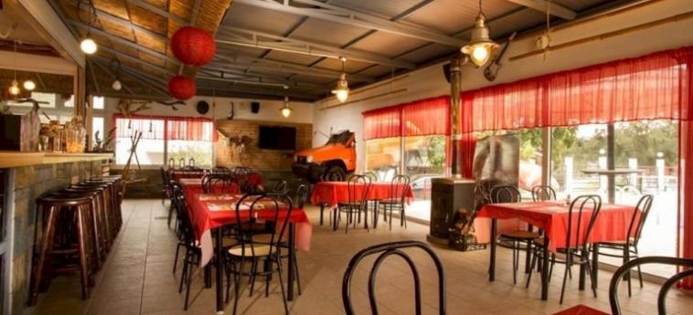 Hotel Tina's Studios: Restaurant RHODES