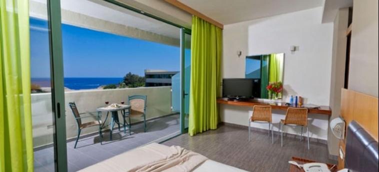 Hotel Virginia Family Suites: Premium Lake View Room RHODES