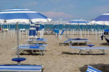 Hotel Tre Rose: Spiaggia RICCIONE - RIMINI