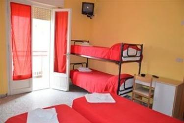 The Hostel Riccione: Salon de Belleza RICCIONE - RIMINI