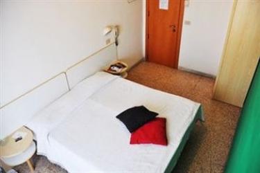The Hostel Riccione: Deluxe Zimmer RICCIONE - RIMINI