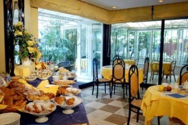 Hotel President: Sala Colazione RICCIONE - RIMINI