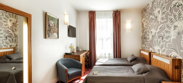 City Hotel Teater: Guest Room RIGA
