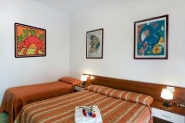 Hotel Residence Auriga: Chambre Triple RIMINI