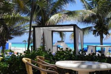 Hotel The Reef Playacar All Inclusive: Bar RIVIERA MAYA