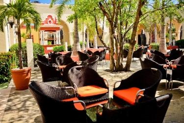 Hotel Valentin Imperial Maya Premium All Inclusive: Bar RIVIERA MAYA