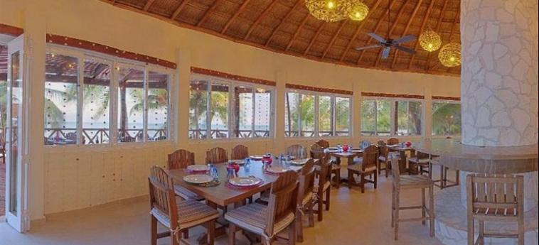 Hotel Grand Slam Fly Fishing Lodge: Panorama RIVIERA MAYA
