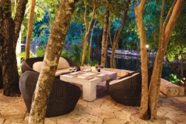 Hotel Catalonia Royal Tulum Beach & Spa Resort Adults Only - All Inclusive: Terrasse RIVIERA MAYA