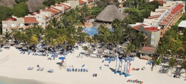 Hotel Viva Wyndham Azteca: Aerial View RIVIERA MAYA