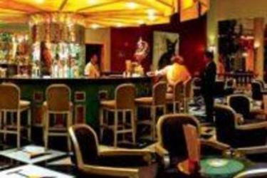 Iberostar Grand Hotel Paraiso: Bar RIVIERA MAYA