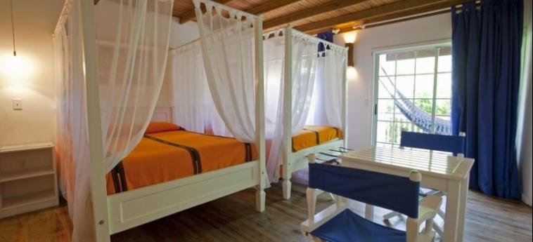 Henry Morgan Hotel & Beach Resort: Habitaciòn Gemela ROATAN