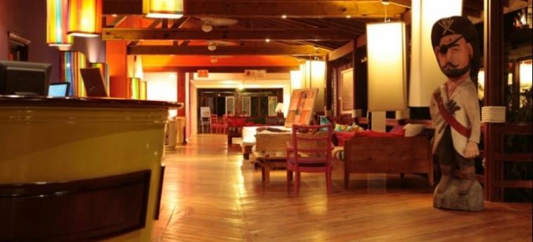 Henry Morgan Hotel & Beach Resort: Recepción ROATAN