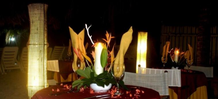 Henry Morgan Hotel & Beach Resort: Restaurante ROATAN