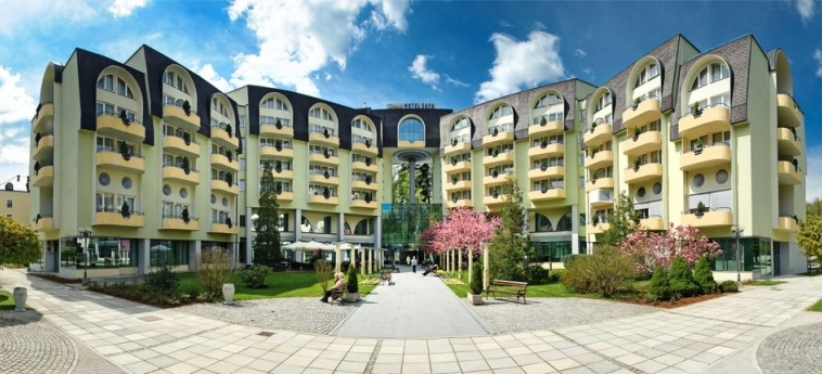 Grand Hotel Sava: Façade Hotel ROGASKA SLATINA