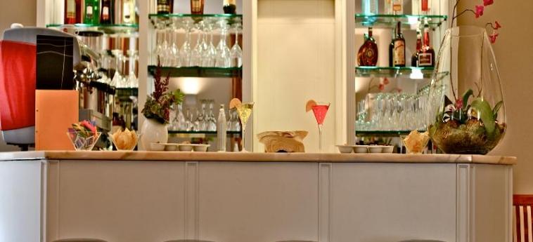 Hotel Villa Torlonia: Bar ROM