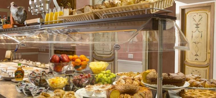 Hotel Welcome Piram: Frühstücksraum ROM