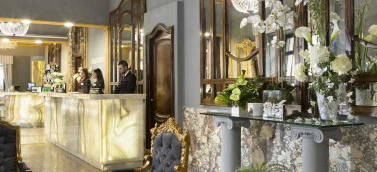 Hotel Welcome Piram: Reception ROM