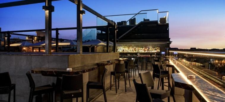 Hotel Welcome Piram: Terrasse ROM