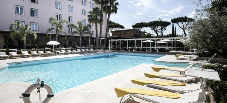 Hotel Golden Tulip Rome Airport Isola Sacra: Solarium ROM