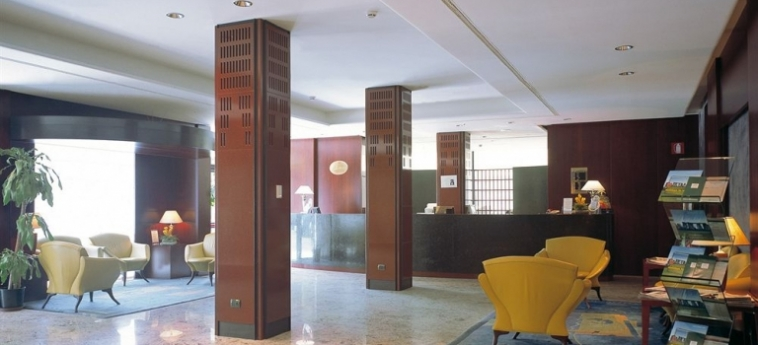Hotel Nh Collection Roma Centro: Hotelhalle ROM