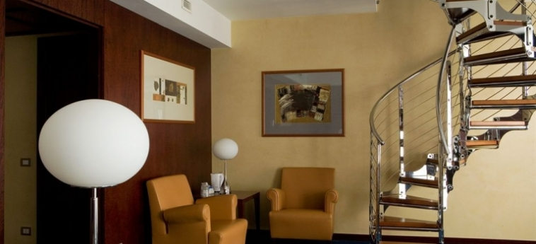 Hotel Nh Collection Roma Centro: Zimmer Suite ROM
