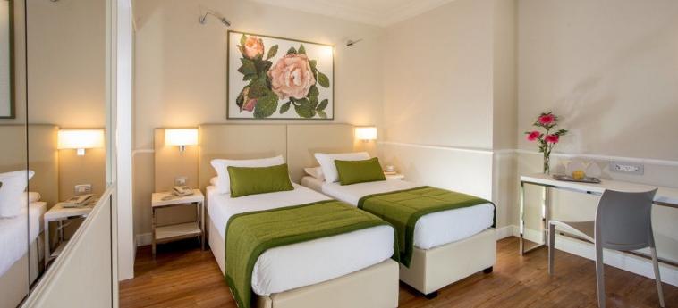 Hotel Cristoforo Colombo: Habitaciòn ROMA