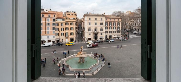 Hotel La Dolce Vita Barberini: Camera con vista ROMA