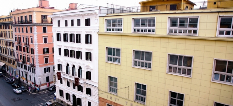 Hotel Tre Stelle: Exterior ROMA