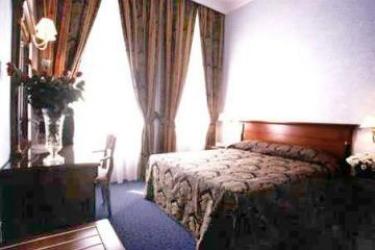 Hotel Silva: Camera Matrimoniale/Doppia ROMA