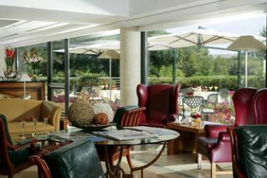 Hotel Courtyard By Marriott Rome Central Park: Lobby ROME