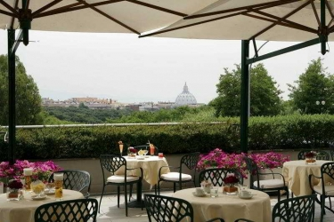 Hotel Courtyard By Marriott Rome Central Park: Terrace ROME