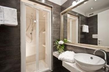 Hotel Luxury On The River: Apartement Nettuno ROME