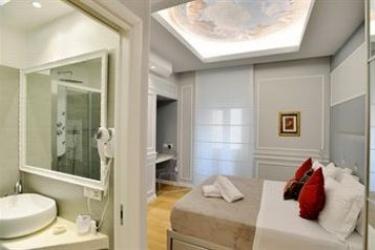 Hotel Luxury On The River: Piscine Réchauffée ROME