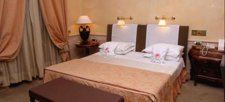 Hotel Barocco: Chambre Double ROME