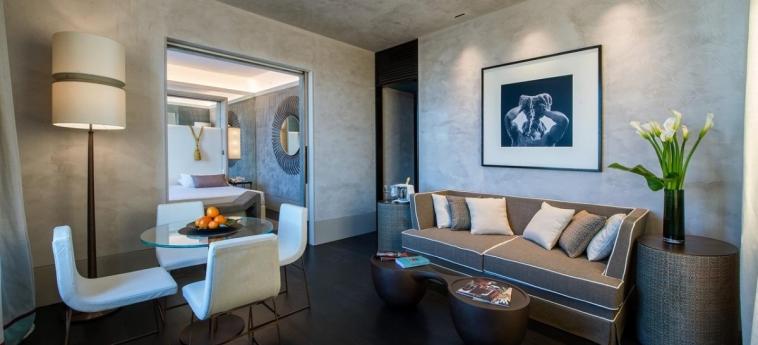 Hotel Sina Bernini Bristol: Interior detail ROME