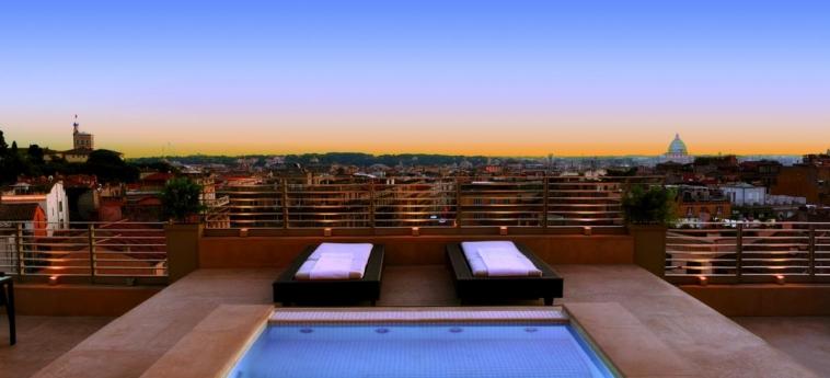 Hotel Sina Bernini Bristol: Pool ROME