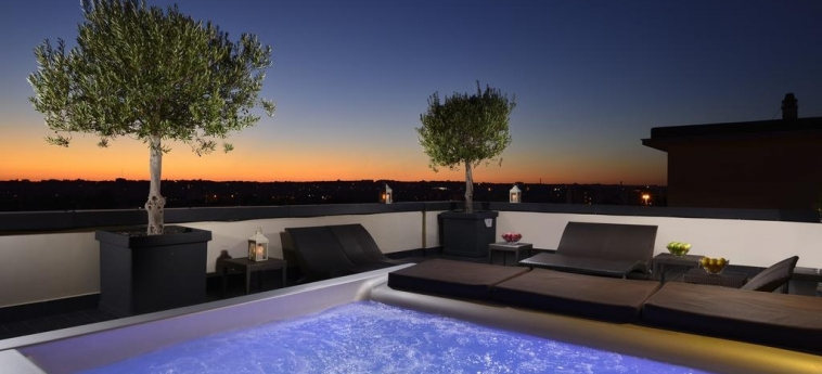 Hotel Pulitzer: Piscine chauffée ROME