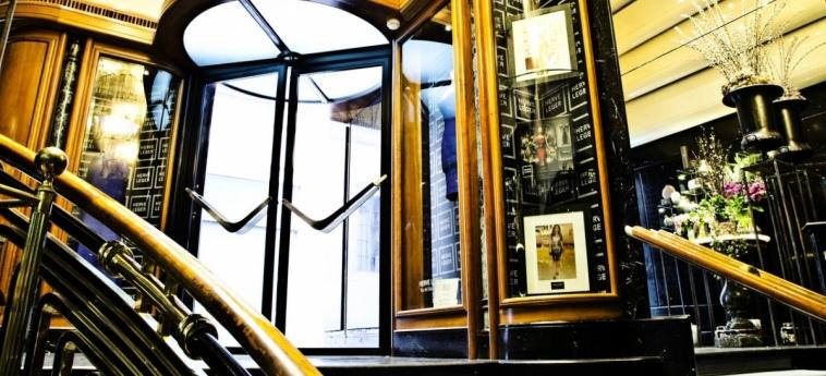 Hotel Valadier: Escalier ROME