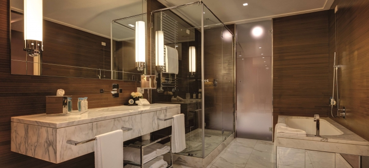 Grand Hotel Via Veneto: Bathroom ROME