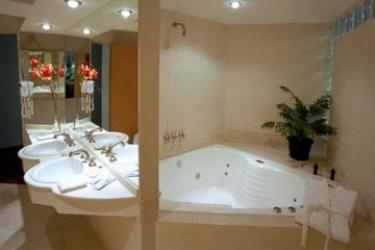 Plaza Real Hotel: Badezimmer ROSARIO