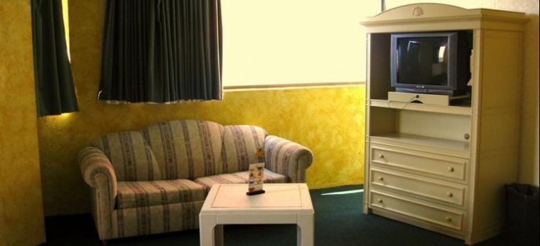 Hotel Corona Plaza: Chambre junior Suite  ROSARITO - BAJA CALIFORNIA