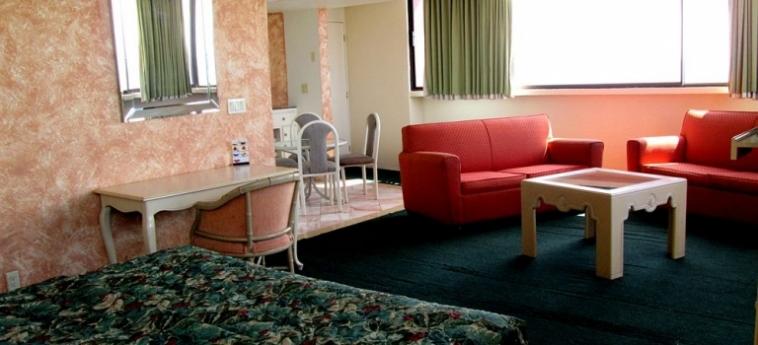 Hotel Corona Plaza: Escalier ROSARITO - BAJA CALIFORNIA