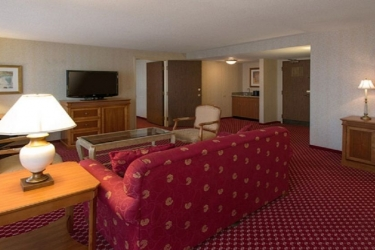 Edward Hotel Chicago: Living area ROSEMONT (IL)