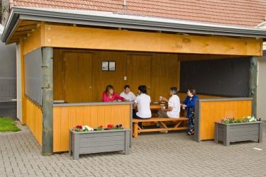 Hotel Best Western Capri Court Motor Inn: Area barbecue/pic nic ROTORUA