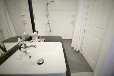 Hotel Best Western Capri Court Motor Inn: Bathroom ROTORUA