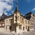 Hotel De Bourgtheroulde, Autograph Collection