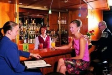 Hotel Cumulus Resort Pohjanhovi: Lounge Bar ROVANIEMI