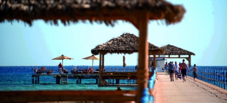 Hotel Amwaj Blue Beach Resort & Spa: Dormitorio SAFAGA