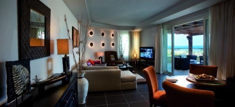 Hotel Amwaj Blue Beach Resort & Spa: Montagne SAFAGA